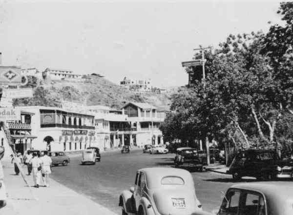 شارع الهلال في التواهي