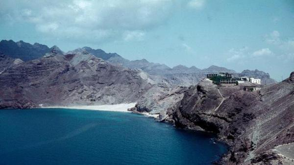 ساحل ابو الوادي ــ كريتر